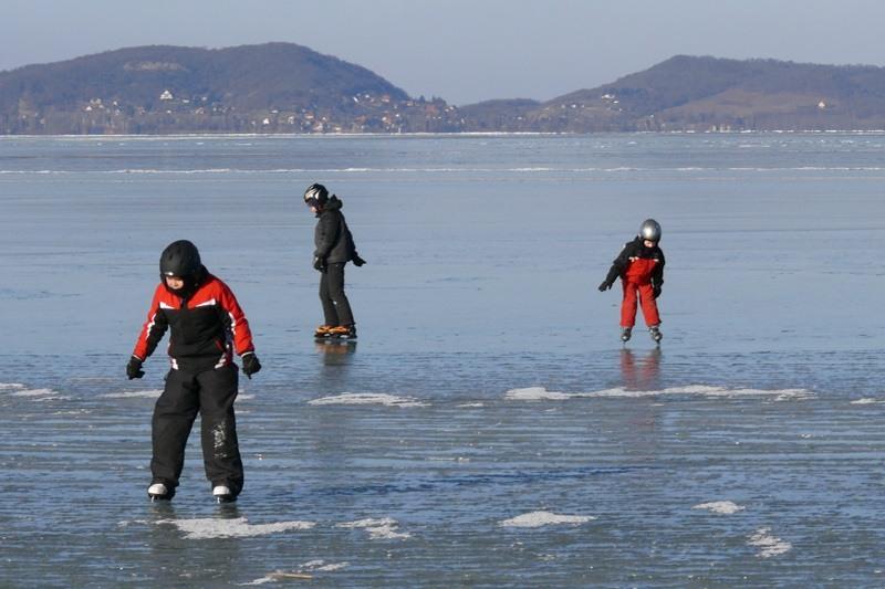 Eissport auf dem Balaton