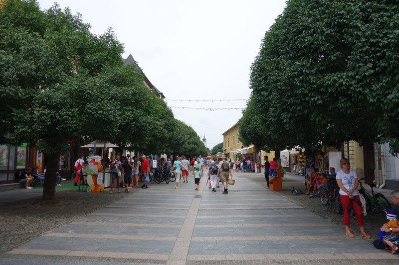 Die bekannte Fußgängerzone in Keszthely, Foto: Sebastian Starke